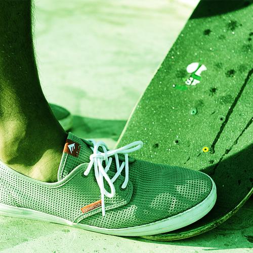 Em-atiba-shoe-board